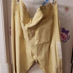 Yellow Old Navy sweetheart fit jeans
